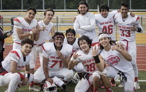 SRHS Football Finishes on a Positive Note